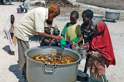 De Gates Foundation destabiliseert ook de voedseleconomie van Afrika. De herstructurering van de wereldwijde voedselproductie