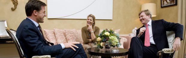 Zwitserse krant spreekt schande over ons koningshuis, dat extra geld krijgt: 'Om je kapot te schamen'