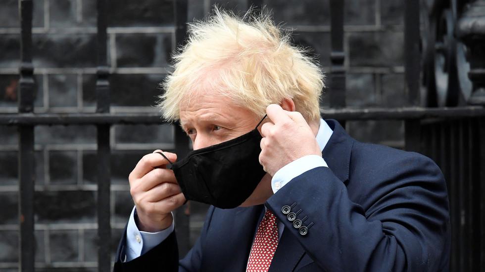 """Boris Johnson: nooit meer terug naar oude normaal, maar totale reset / NIEUW!! De """"Sneltest-epidemie"""" komt er aan. / WHO: """"Sorry, het was maar een gewoon griepje"""""""