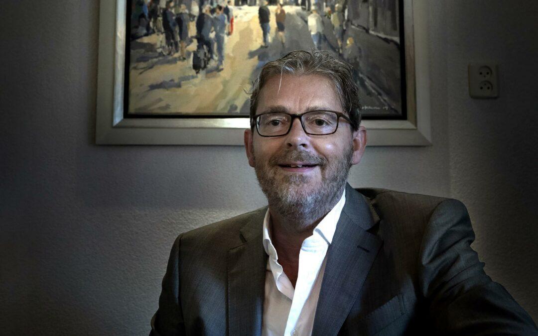 Gevaarlijke monsters als Groningse Professor dr. Maarten Postma adviseren om de jongste kinderen te vaccineren